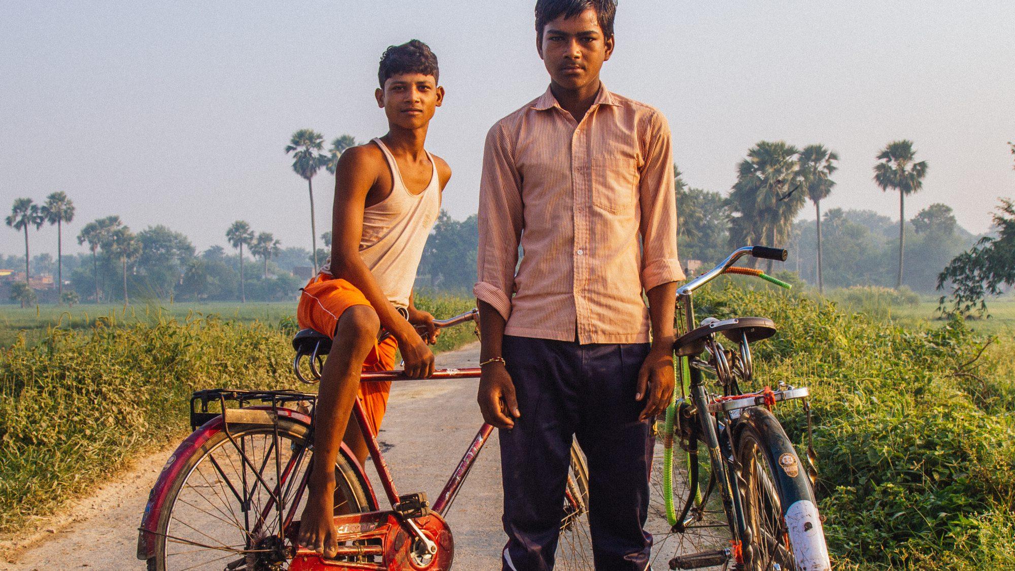 Raw London Savitri Trust Men Bikes